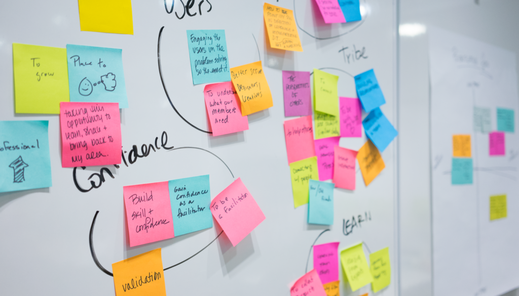 design-thinking-post-it-notes-1024x682